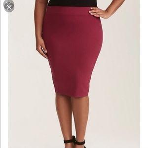 Torrid burgundy red pencil skirt